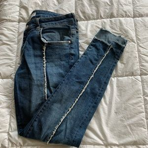 Zara midrise medium wash distressed line jeggings